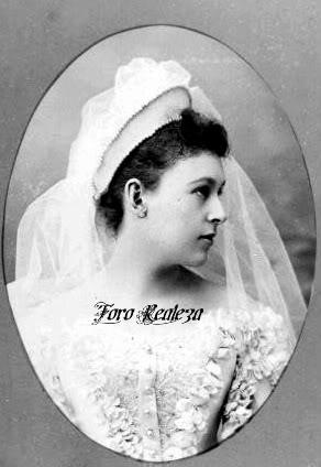 Vestido oficial de los Romanovs - Página 3 Capture1-1