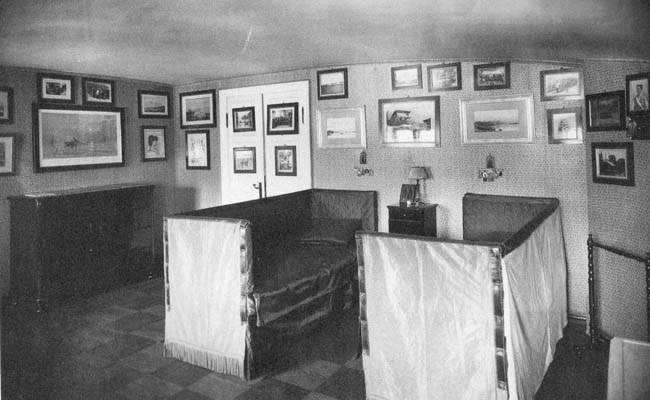 Los palacios de los Romanovs BedroomNickyGeorgiy