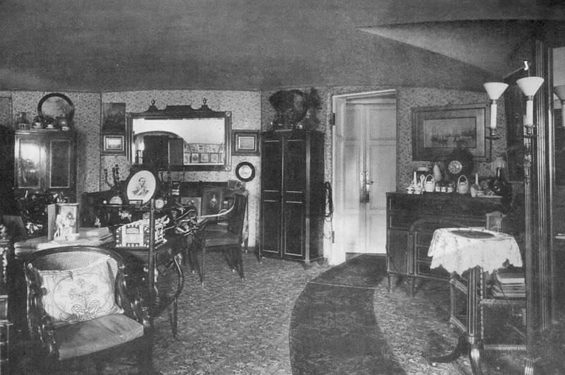 Los palacios de los Romanovs Bedroom_AlexIII_MariaFed_2