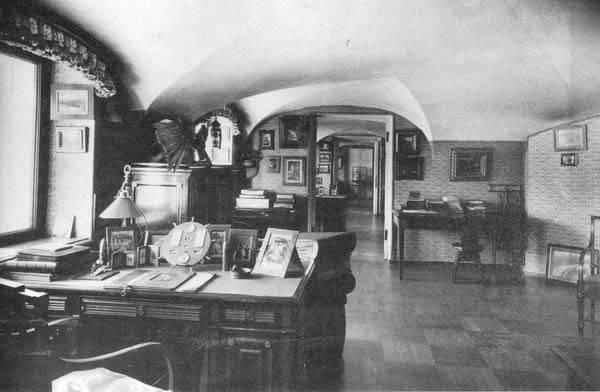 Los palacios de los Romanovs StudyGeorgiy