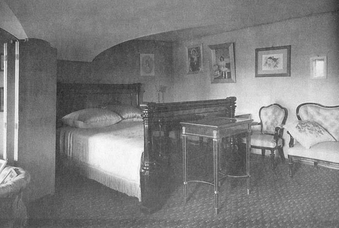 Los palacios de los Romanovs Xeniabedroom2