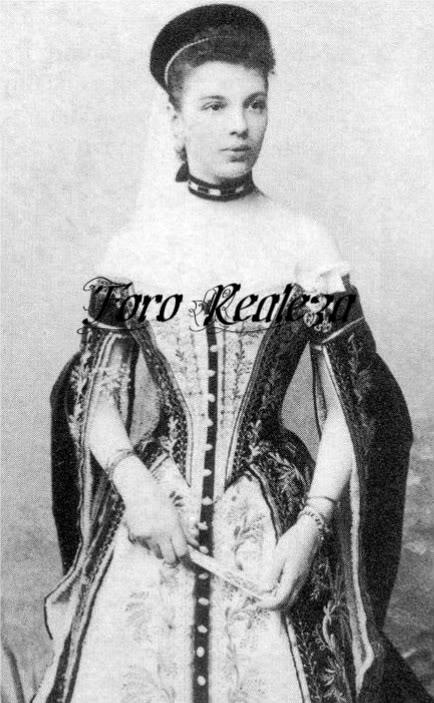 Vestido oficial de los Romanovs - Página 3 Capture5-1