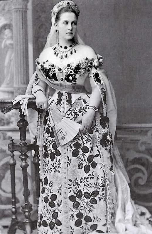 Vestido oficial de los Romanovs GrandDuchessOlgaKonstantinovna