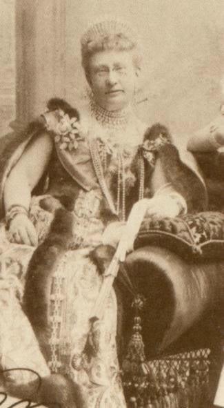 Vestido oficial de los Romanovs GrandDuchessVeraKonstantinovna