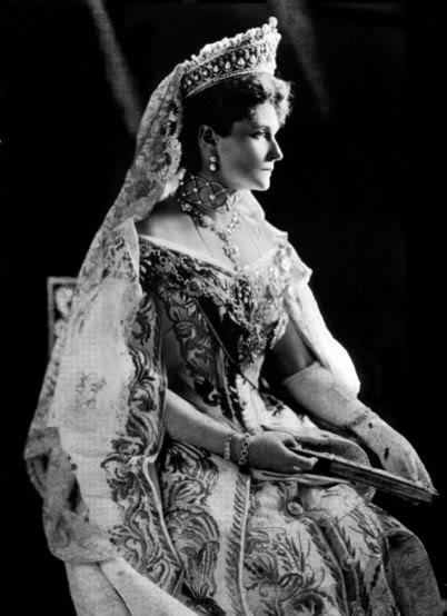 Vestido oficial de los Romanovs Alix2copie