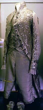 Vestido oficial de los Romanovs - Página 3 Cameron31mediumsize