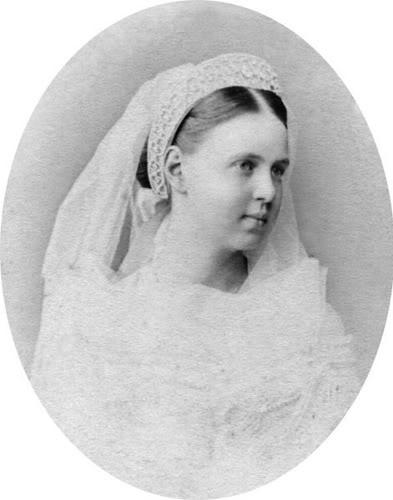 Vestido oficial de los Romanovs Gdmariaalexandrovna