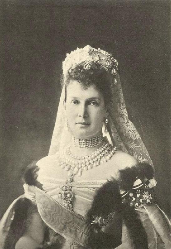 Vestido oficial de los Romanovs Gdvladimir