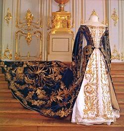 Vestido oficial de los Romanovs Kdress