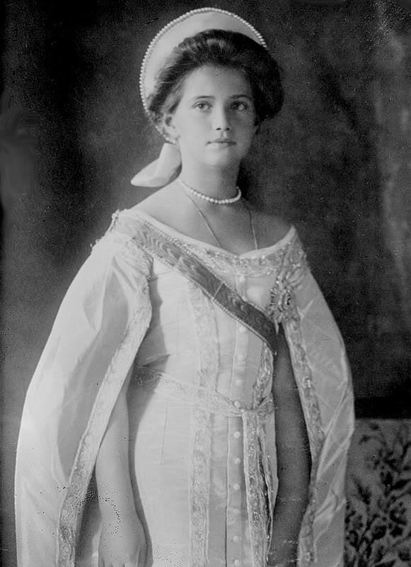 Vestido oficial de los Romanovs Mariagown3mz