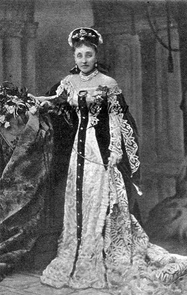 Vestido oficial de los Romanovs - Página 3 Olganedkalof1907-1