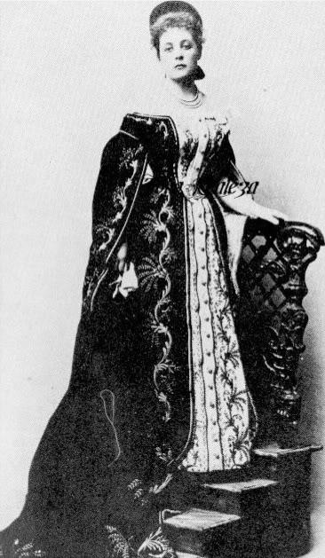 Vestido oficial de los Romanovs - Página 3 Saynwiitgs-1