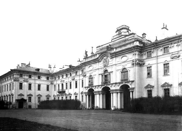 Los palacios de los Romanovs Strelna_palace