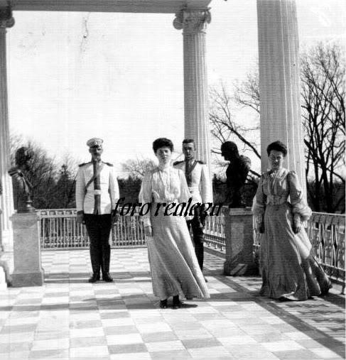 Grandes duques y G. Duquesas: Jorge, Xenia y Olga - Página 5 Olga-2-1
