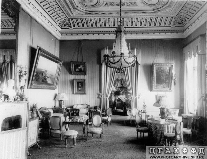 Los palacios de los Romanovs BlueParlorofGrandDuchessMariaPavlov