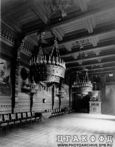 Los palacios de los Romanovs Granddiningroom1
