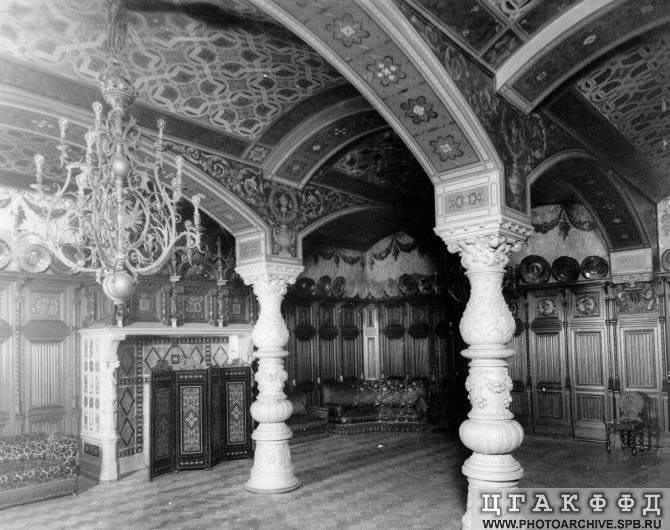 Los palacios de los Romanovs Lowerdiningroom
