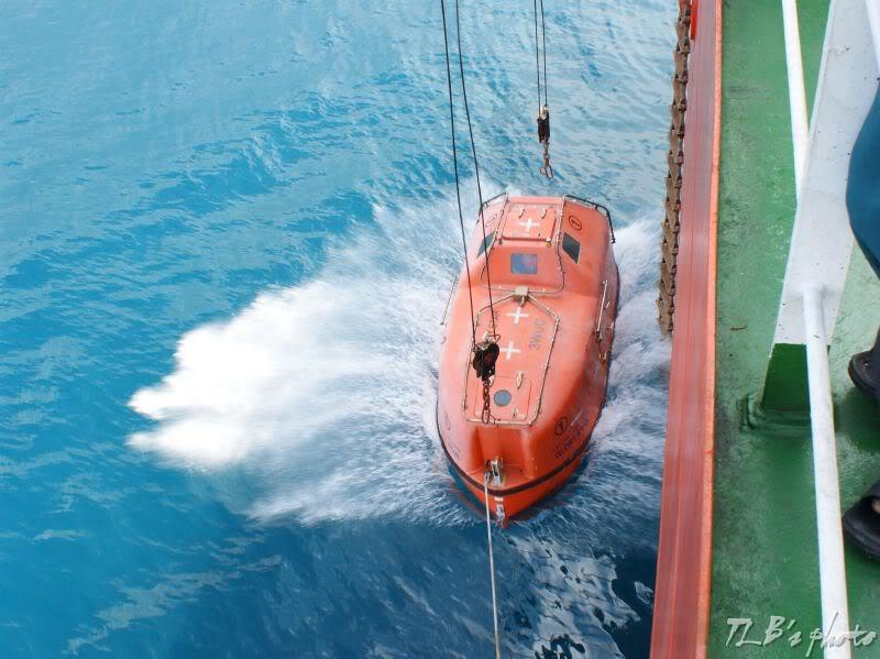 [Hình ảnh] Thực tập hạ xuồng cứu sinh 021