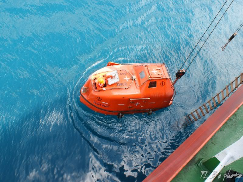 [Hình ảnh] Thực tập hạ xuồng cứu sinh 022
