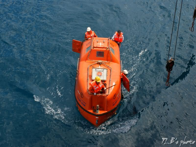 [Hình ảnh] Thực tập hạ xuồng cứu sinh 029