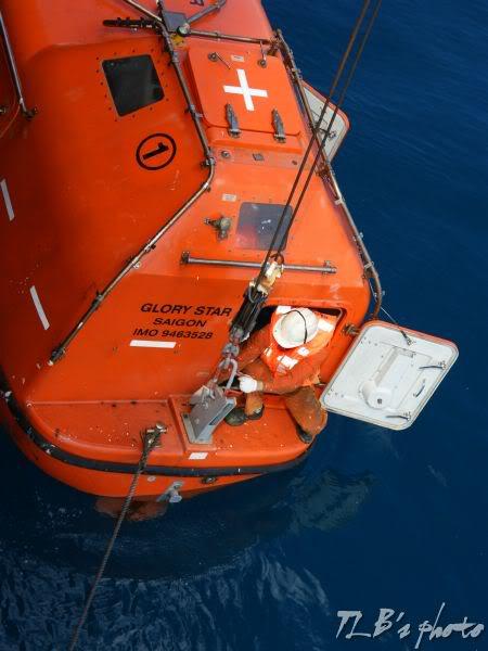 [Hình ảnh] Thực tập hạ xuồng cứu sinh 034