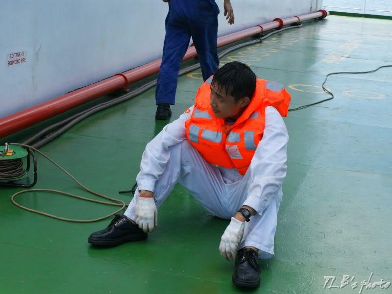 [Hình ảnh] Thực tập hạ xuồng cứu sinh 039