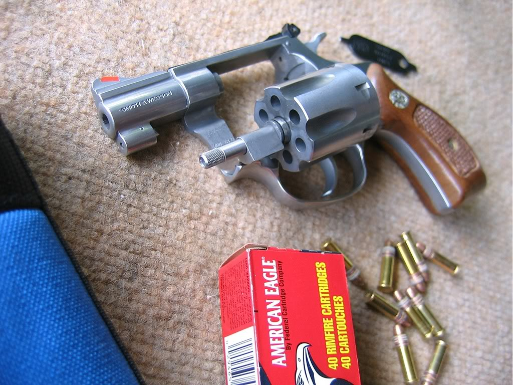 Chiappa Plinkerton, Ruger Single SIx & co... Sw632