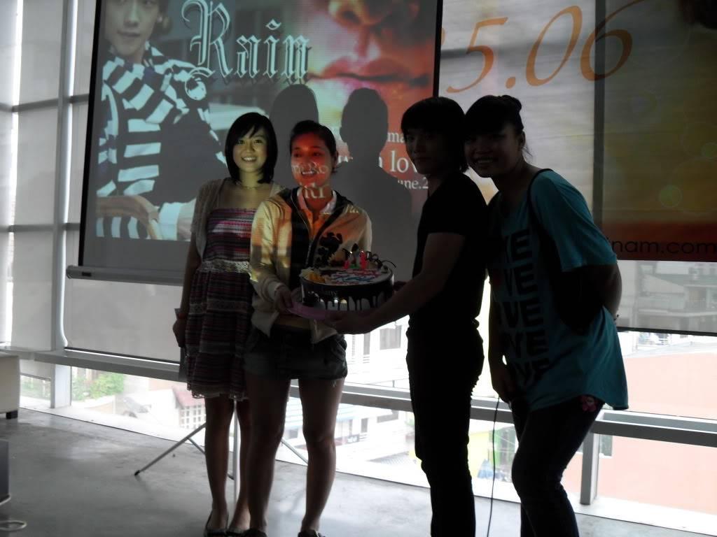 Hình ảnh offline mừng sinh nhật rain lần thứ 28 SAM_0438