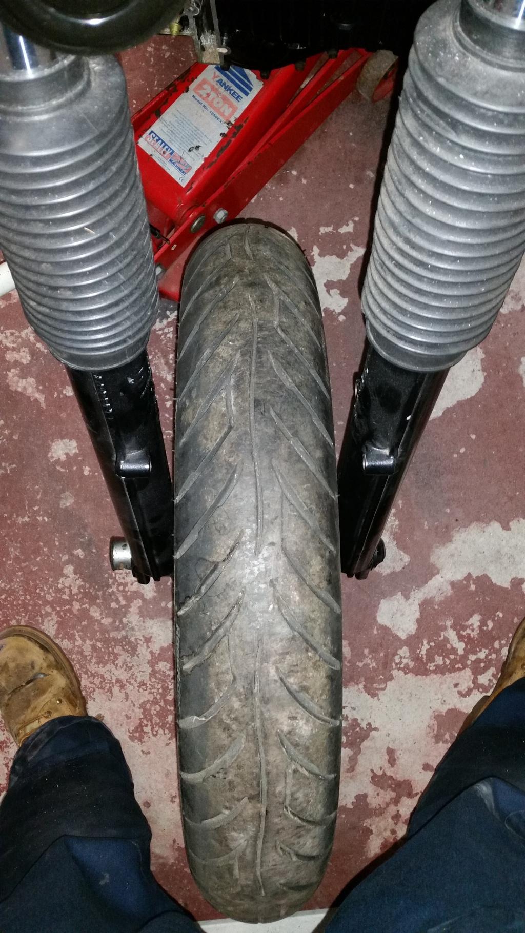 Front wheel not sitting central, disc rivets hitting fork 20160325_184753_zpsmawkgk7t