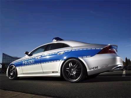 اسرع سيارة شرطة في العالم !!!! Untitled