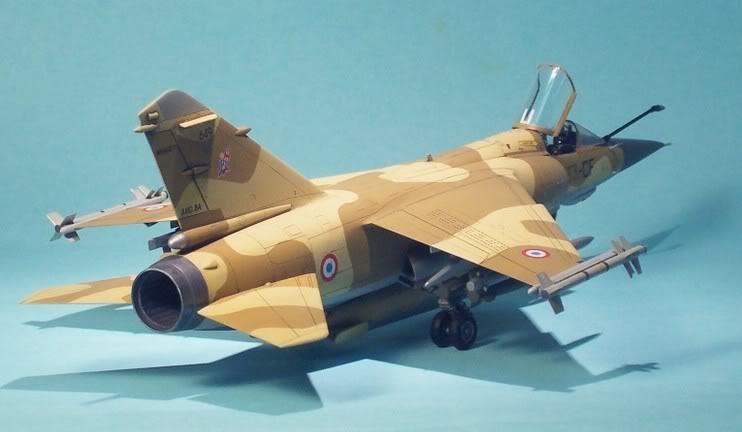 Quelques photos de mes maquettes Michel d'Australie 071209113548_Michel_F1_2