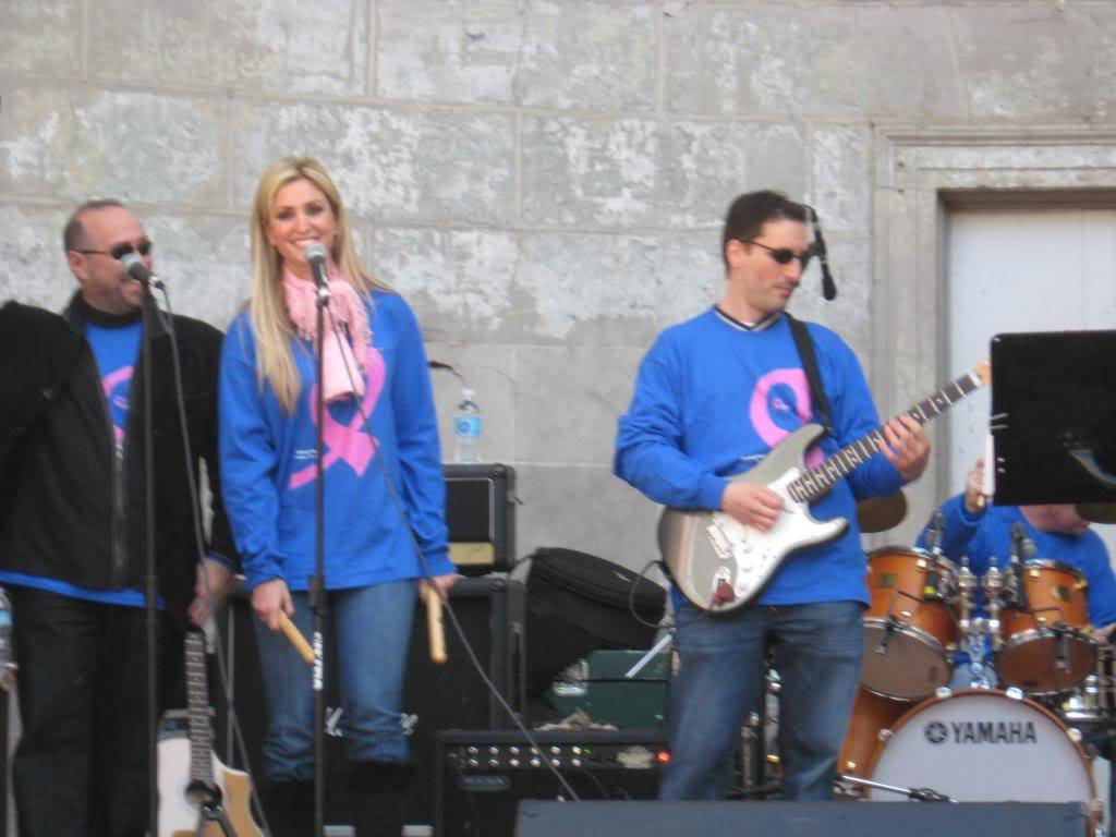 Kelly to perform in NYC's Breast Cancer Walk · Oct 19, 2008 CopyofIMG_0011