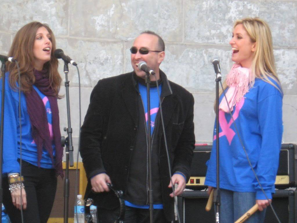 Kelly to perform in NYC's Breast Cancer Walk · Oct 19, 2008 CopyofIMG_0012
