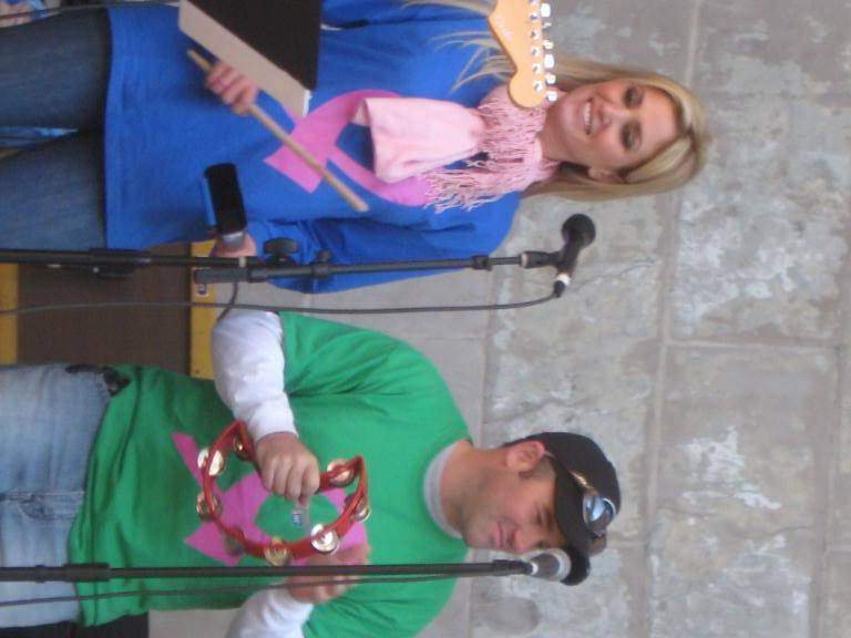 Kelly to perform in NYC's Breast Cancer Walk · Oct 19, 2008 IMG_0075