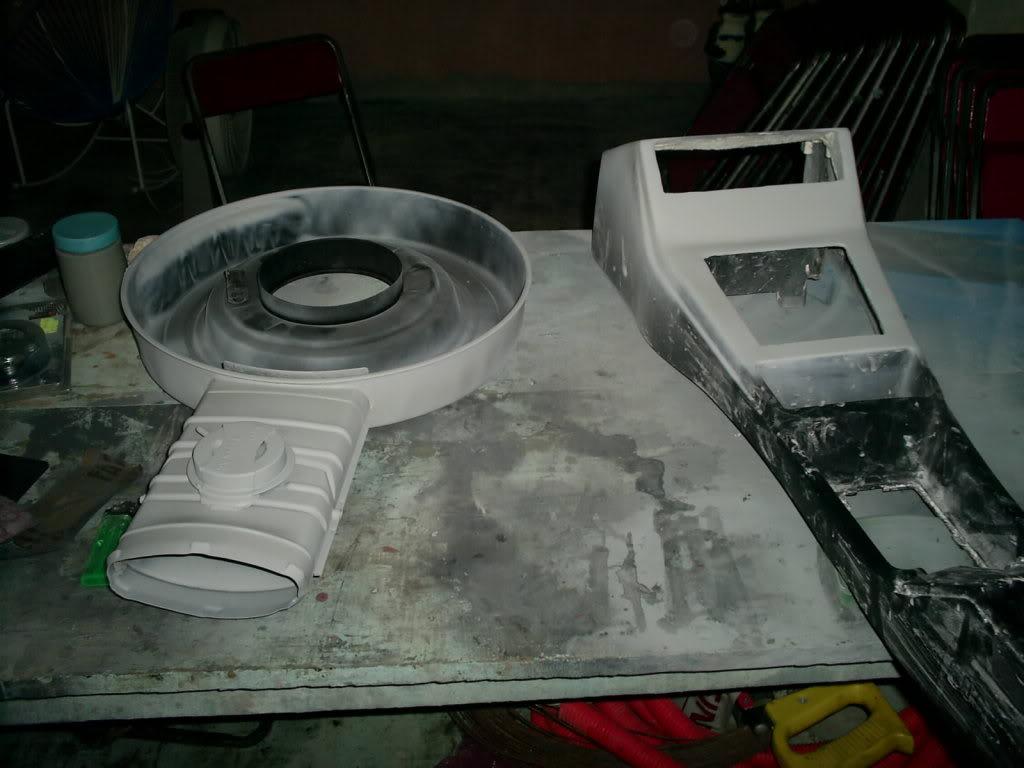 Pintando tapas de punterias y Portafiltro de aire S4023268