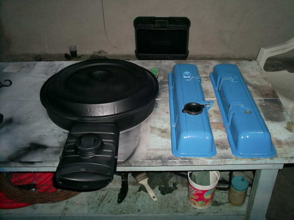 Pintando tapas de punterias y Portafiltro de aire S4023274