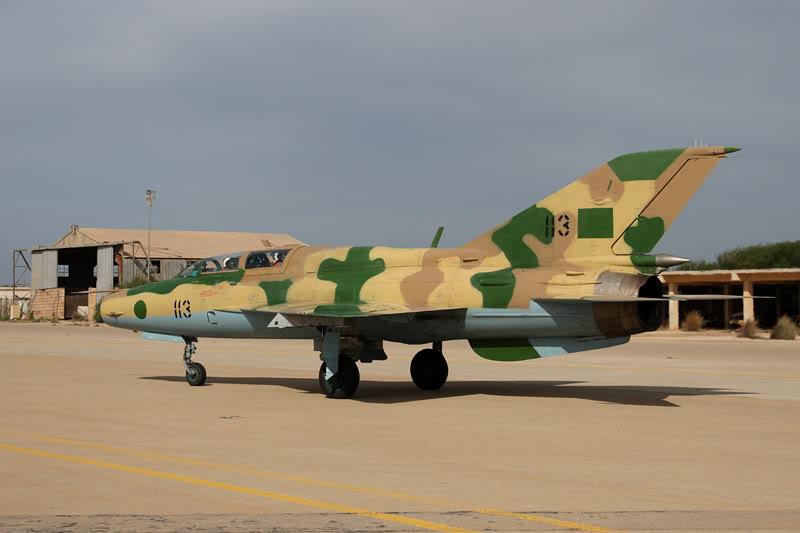 الجيش الليبي LibyaOct29-3107MiG-21UM1136