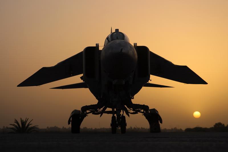 الجيش الليبي LibyaOct29-3107MiG-23MLatsunset