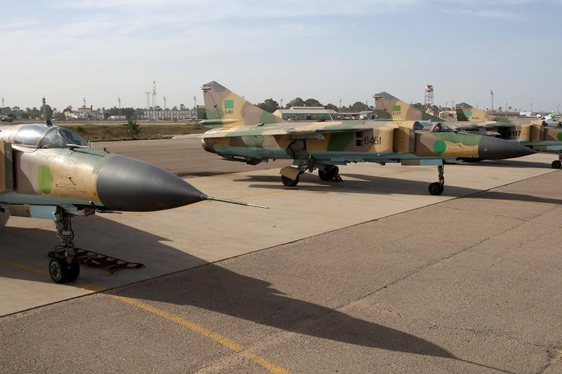الجيش الليبي LibyaOct29-3107MiG-23MLfltline1