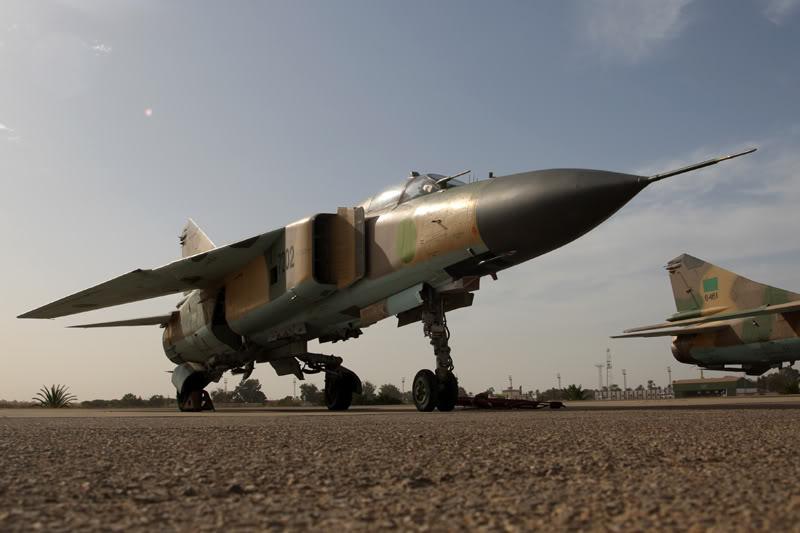 الجيش الليبي LibyaOct29-3107MiG-23MLs
