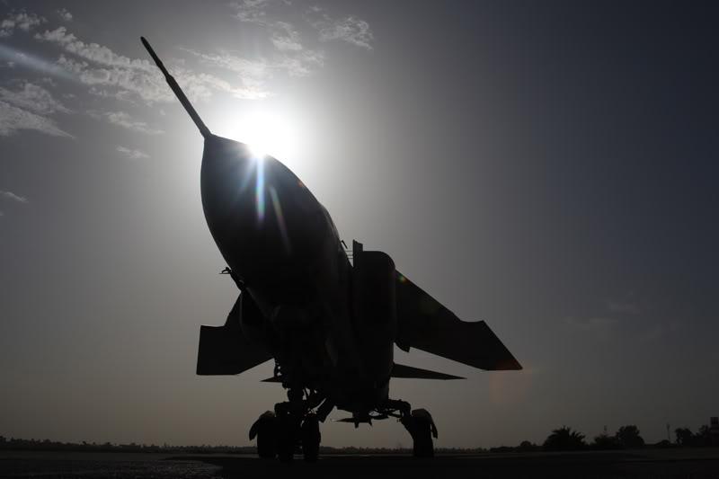 الجيش الليبي LibyaOct29-3107MiG-23MLsun