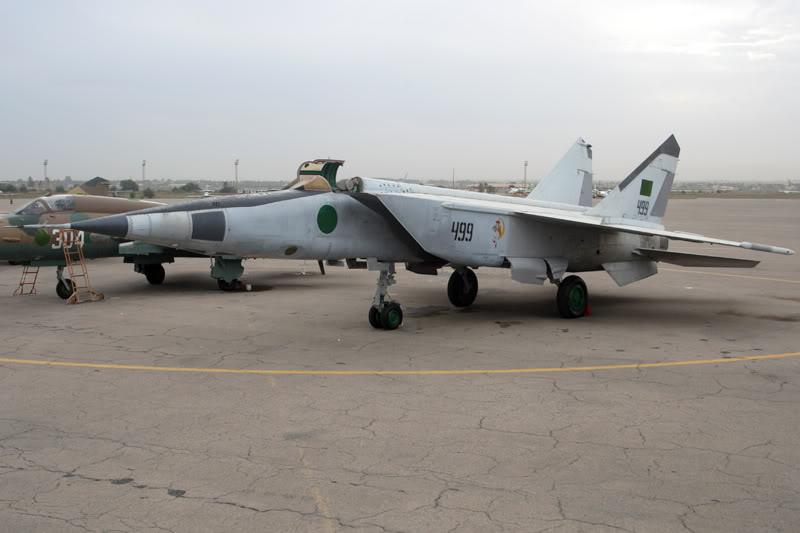 الجيش الليبي LibyaOct29-3107MiG-23RB499