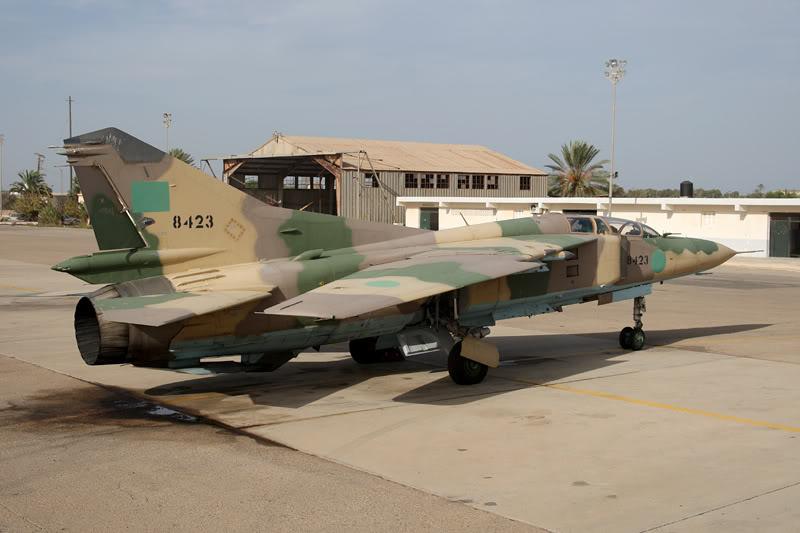 الجيش الليبي LibyaOct29-3107MiG-23UM8423