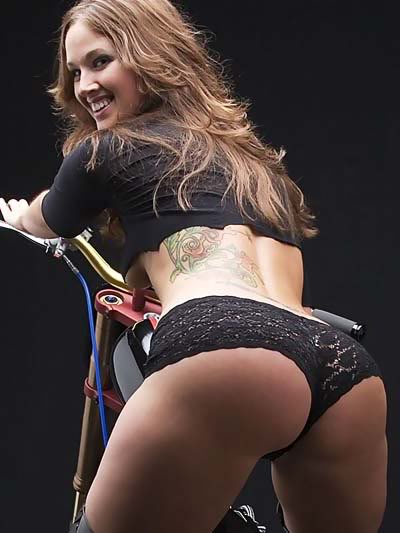 Ohhhh... How Much I Love my Bike... Becky1