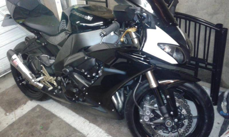getting excited now Zx10r2_zpsvjzboryw