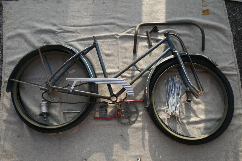 Vélo WWII MG140418-29Nov141