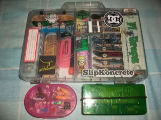 post your fingerboard case/box - Page 8 100_1493