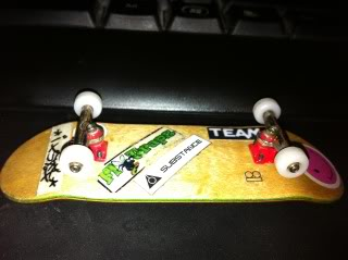 your fingerboard set-up - Page 2 Picture032