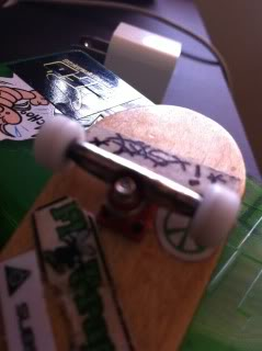your fingerboard set-up - Page 2 Picture033
