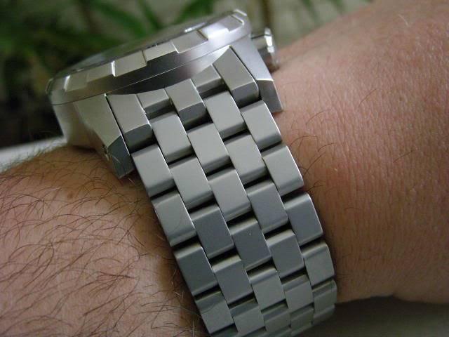 Watch-U-Wearing 8/3/10 SNB12499